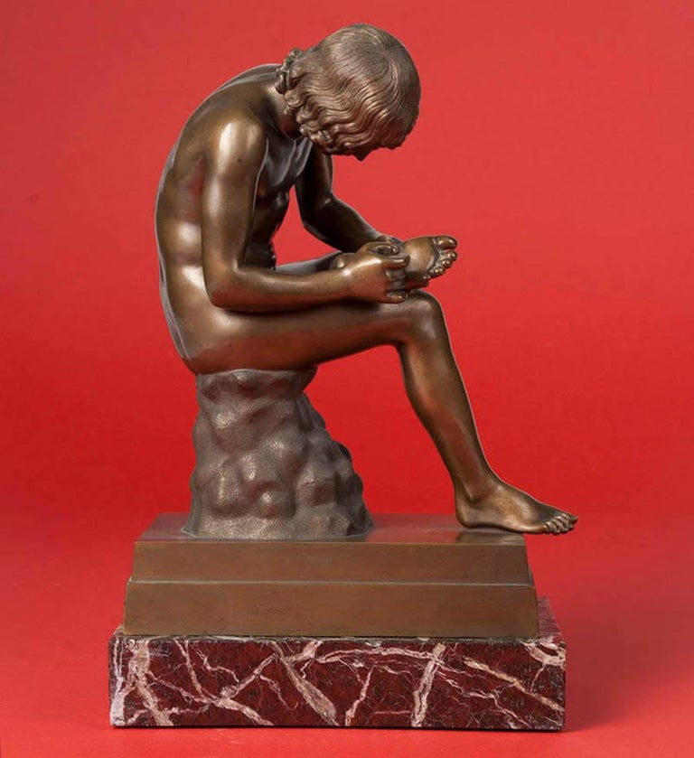 Classic Bronze Statue Spinario Casted by B. Boschetti Roma In Good Condition For Sale In Casteren, Noord-Brabant