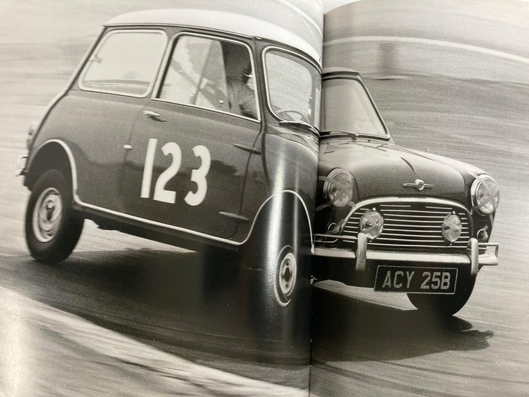 Classic Cars Celebrating the Legends 1901-1973 Book 1