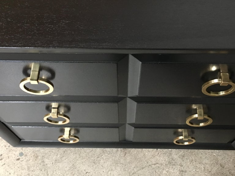 Classic Chest by Robsjohn-Gibbings for Widdicomb a Pair For Sale 6