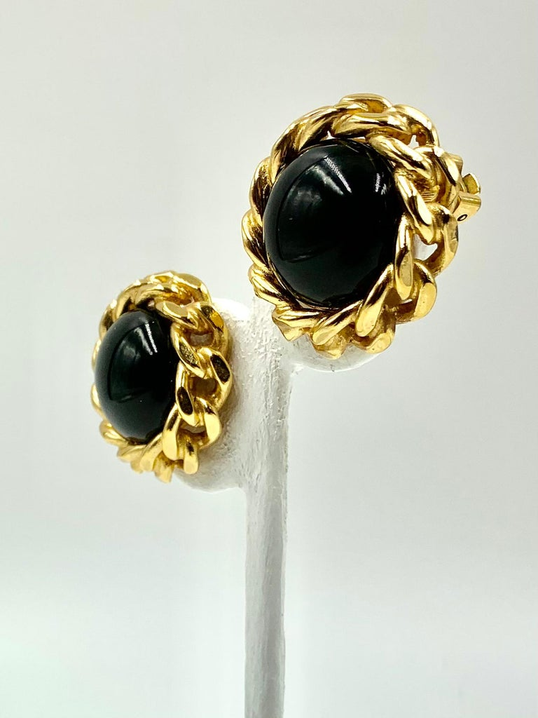 Classic Christian Dior Chain Link Faux Black Onyx Earrings, Vintage, 1980s In Good Condition For Sale In New York, NY