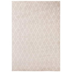Classic Clean Lines Customizable Trace Weave Rug in Dove Large