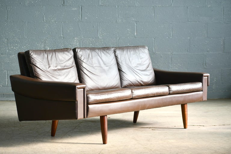 Mid-20th Century Classic Danish 1960s Midcentury Sofa in Chestnut Colored Leather by Georg Thams For Sale