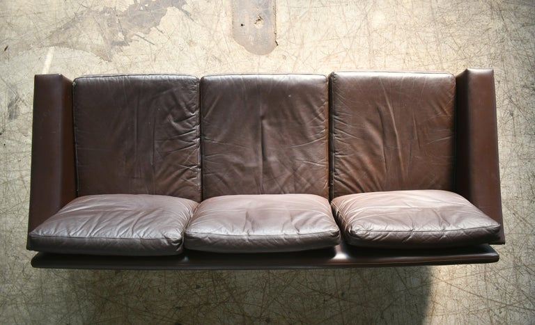 Classic Danish 1960s Midcentury Sofa in Chestnut Colored Leather by Georg Thams For Sale 4