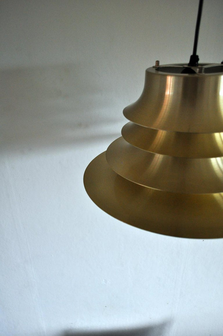 Classic Danish Multilayered Pendant Light in Brass For Sale 7