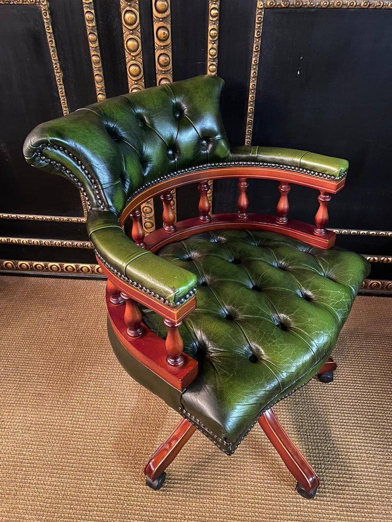 20th Century Classic English Chesterfield Captains Office Chair Swivel and Tilt on Castors For Sale
