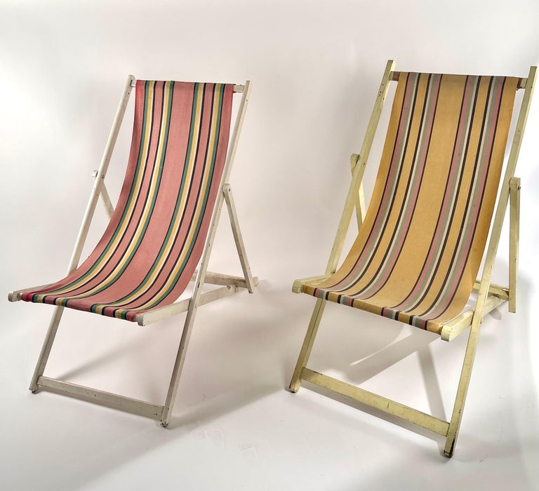 Mid-Century Modern Classic English Striped Canvas Outdoor Folding Garden or Beach Chairs Set of 2 For Sale