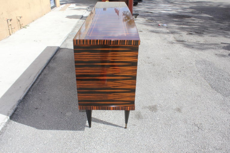 Classic French Art Deco Exotic Macassar Ebony Sideboard / Buffet / Bar 1940s For Sale 5