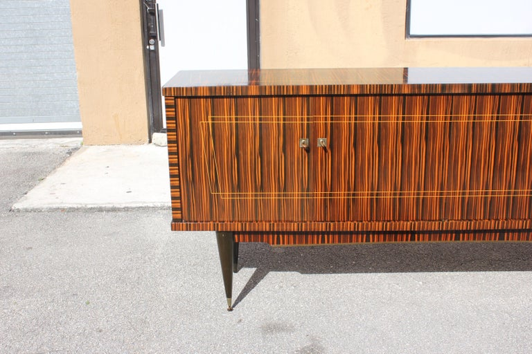 Classic French Art Deco Exotic Macassar Ebony Sideboard / Buffet / Bar 1940s For Sale 6