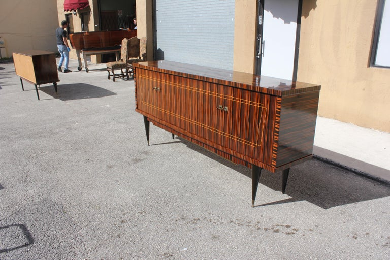 Classic French Art Deco Exotic Macassar Ebony Sideboard / Buffet / Bar 1940s For Sale 10
