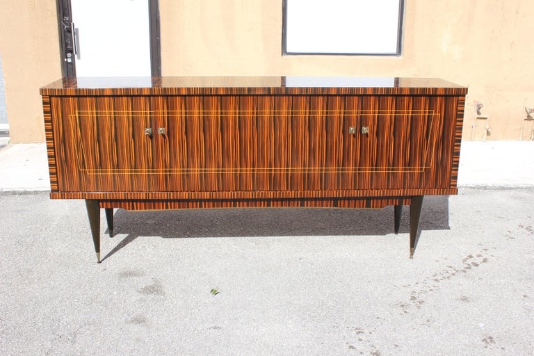 Mid-20th Century Classic French Art Deco Exotic Macassar Ebony Sideboard / Buffet / Bar 1940s For Sale