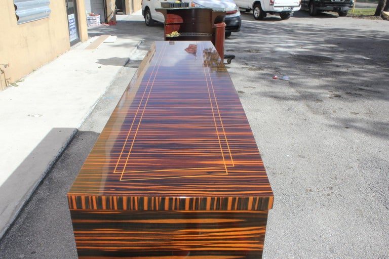 Classic French Art Deco Exotic Macassar Ebony Sideboard / Buffet / Bar 1940s For Sale 1