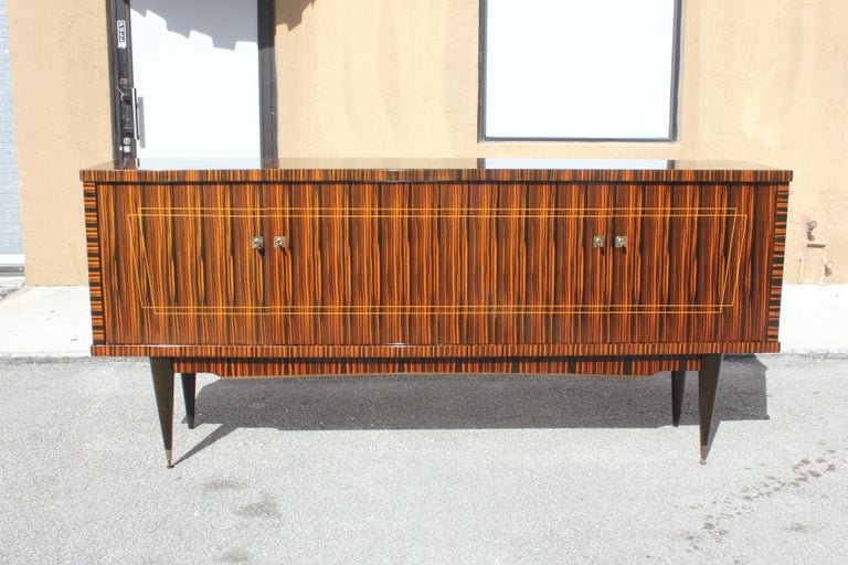 Classic French Art Deco Exotic Macassar Ebony Sideboard / Buffet / Bar 1940s For Sale 2