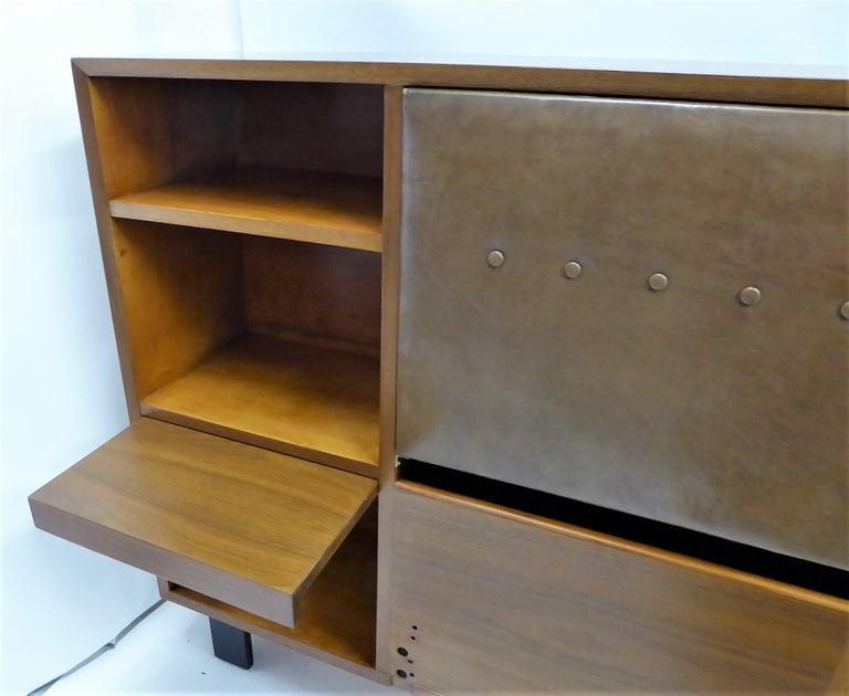 Classic George Nelson Walnut King Headboard Cabinet For Sale 1