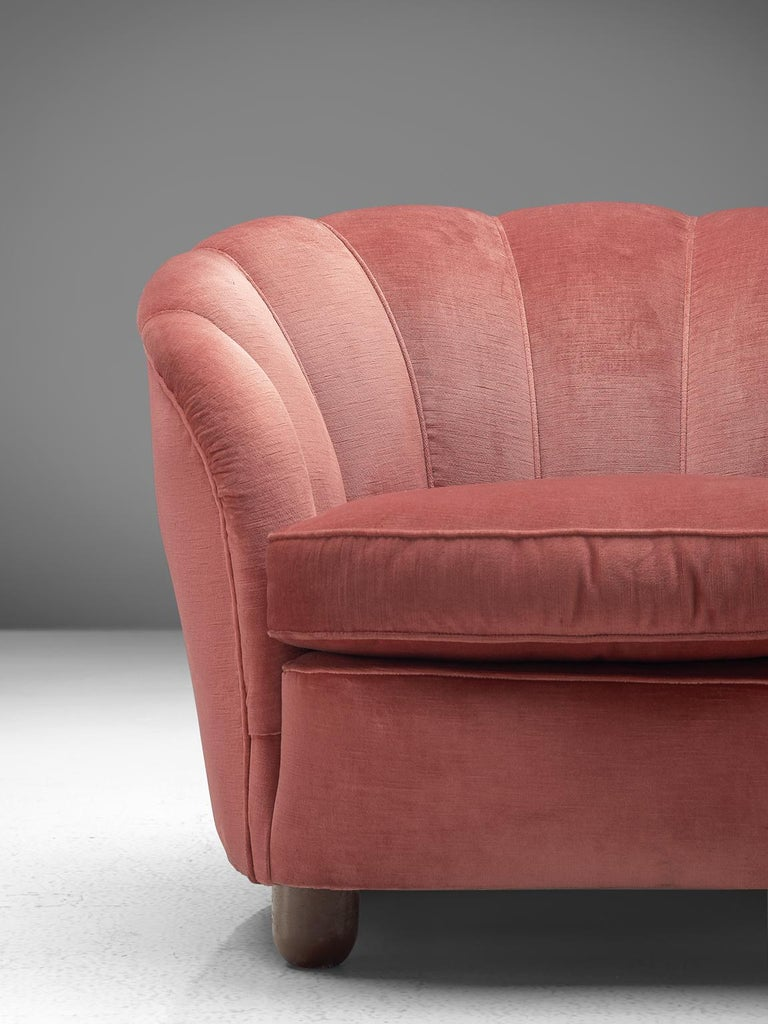 Mid-20th Century Classic Italian Pair of Club Chairs in Pink Velvet For Sale