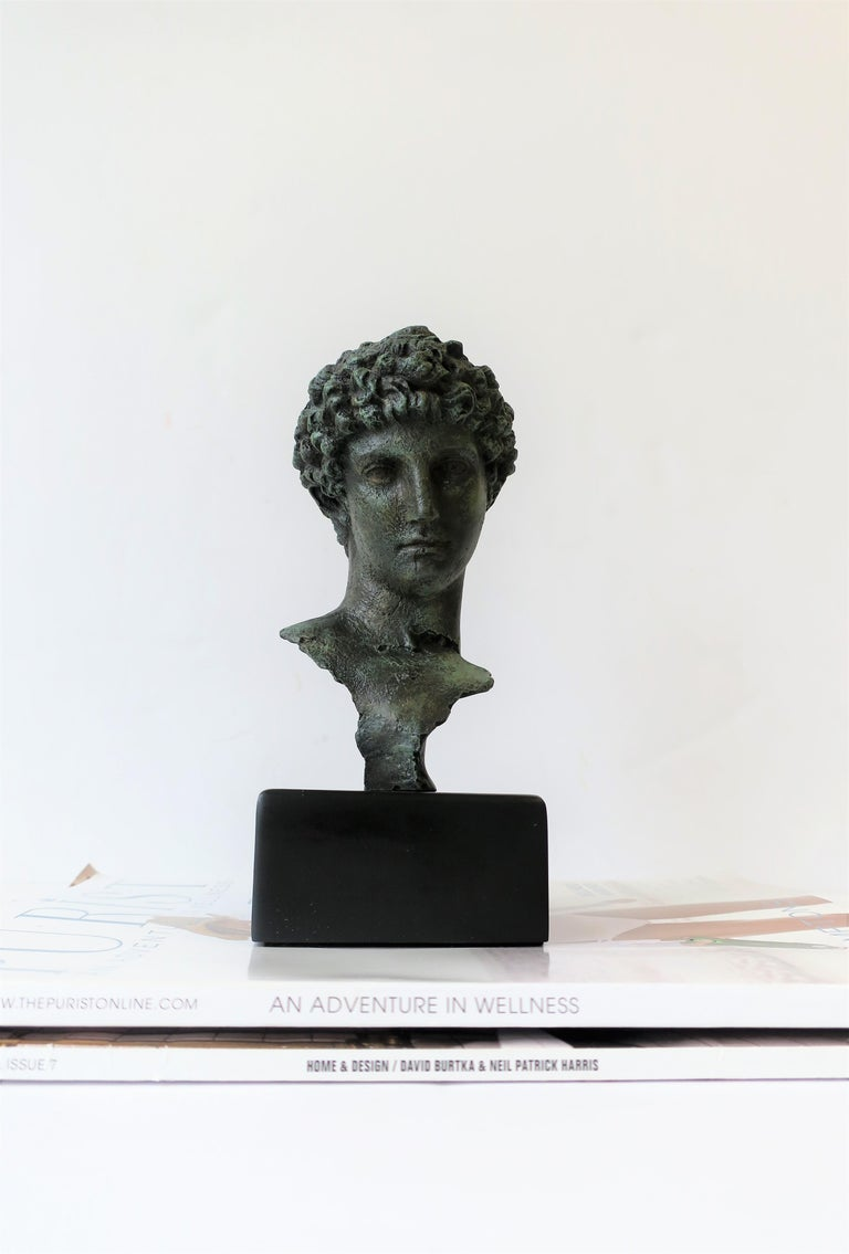 Contemporary Classic Male Bust Sculpture on Black Base For Sale