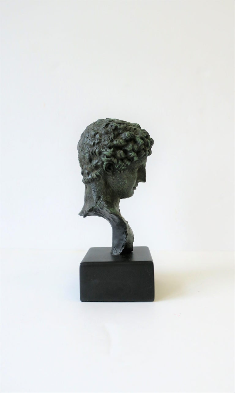 Classic Male Bust Sculpture on Black Base For Sale 1