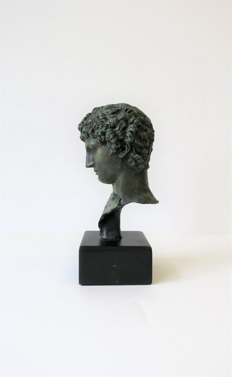 Classic Male Bust Sculpture on Black Base For Sale 3