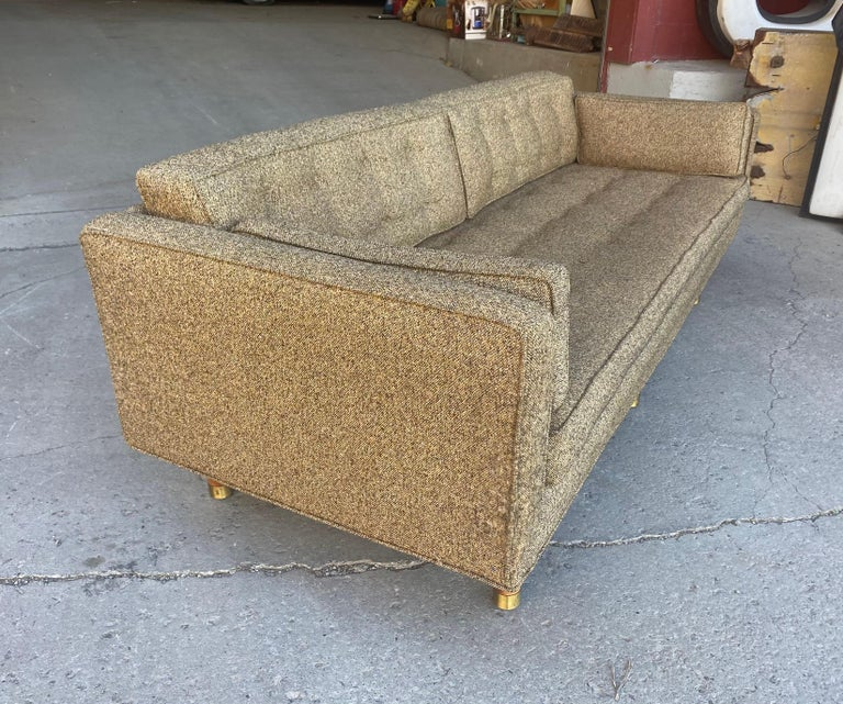 Classic Mid-Century Modern Even Arm Sofa Attributed to Harvey Probber In Good Condition For Sale In Buffalo, NY