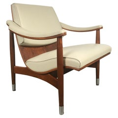 Classic Mid-Century Modern Plywood Scoop Lounge Chair by Thonet