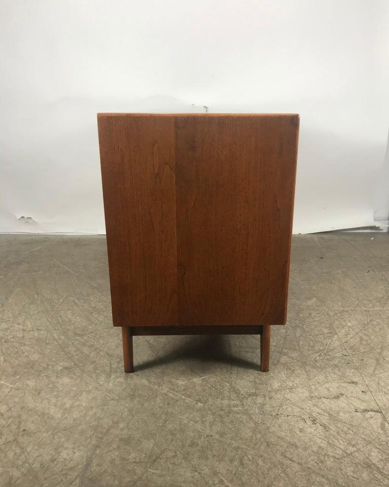 20th Century Classic Mid-Century Modern Walnut Server by Warren Church for Lane For Sale