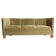 Classic Midcentury, Danish Design Sofa by Fritz Hansen, 1940s