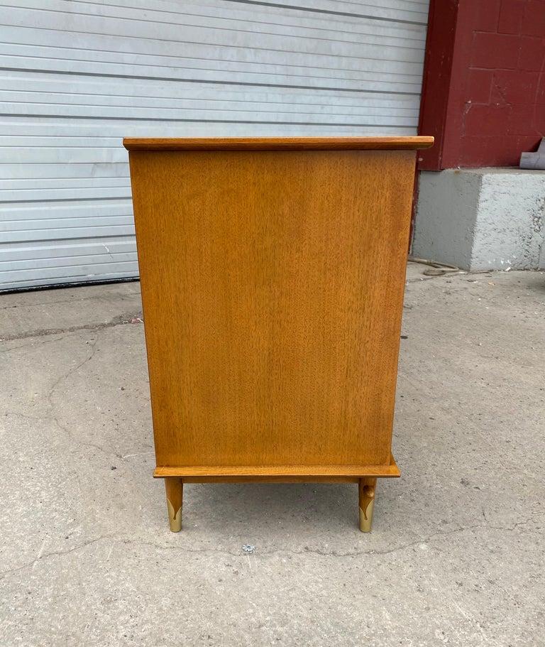 Classic Modernist 12-Drawer Dresser by Lane For Sale 3