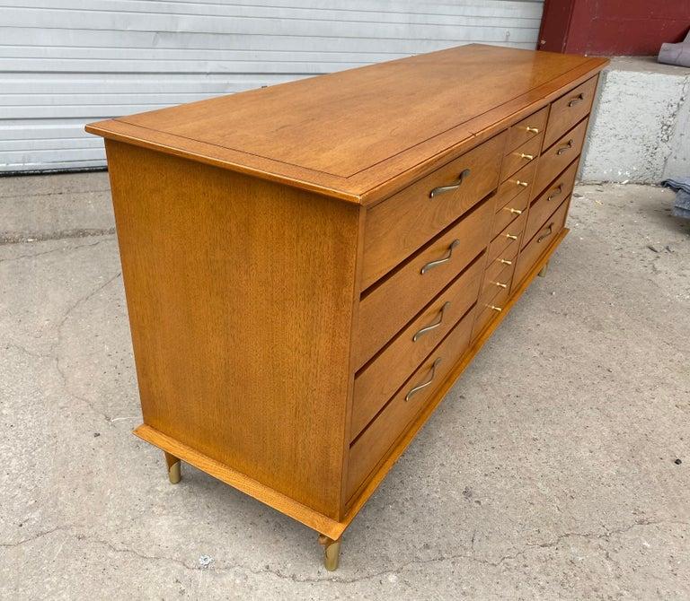 Classic Modernist 12-Drawer Dresser by Lane For Sale 2