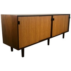 Classic Modernist Florence Knoll Walnut and Oak Credenza, Early Knoll Label