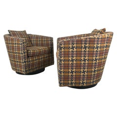 Classic Modernist Pair of Swivel Chairs by Edward Wormley for Dunbar