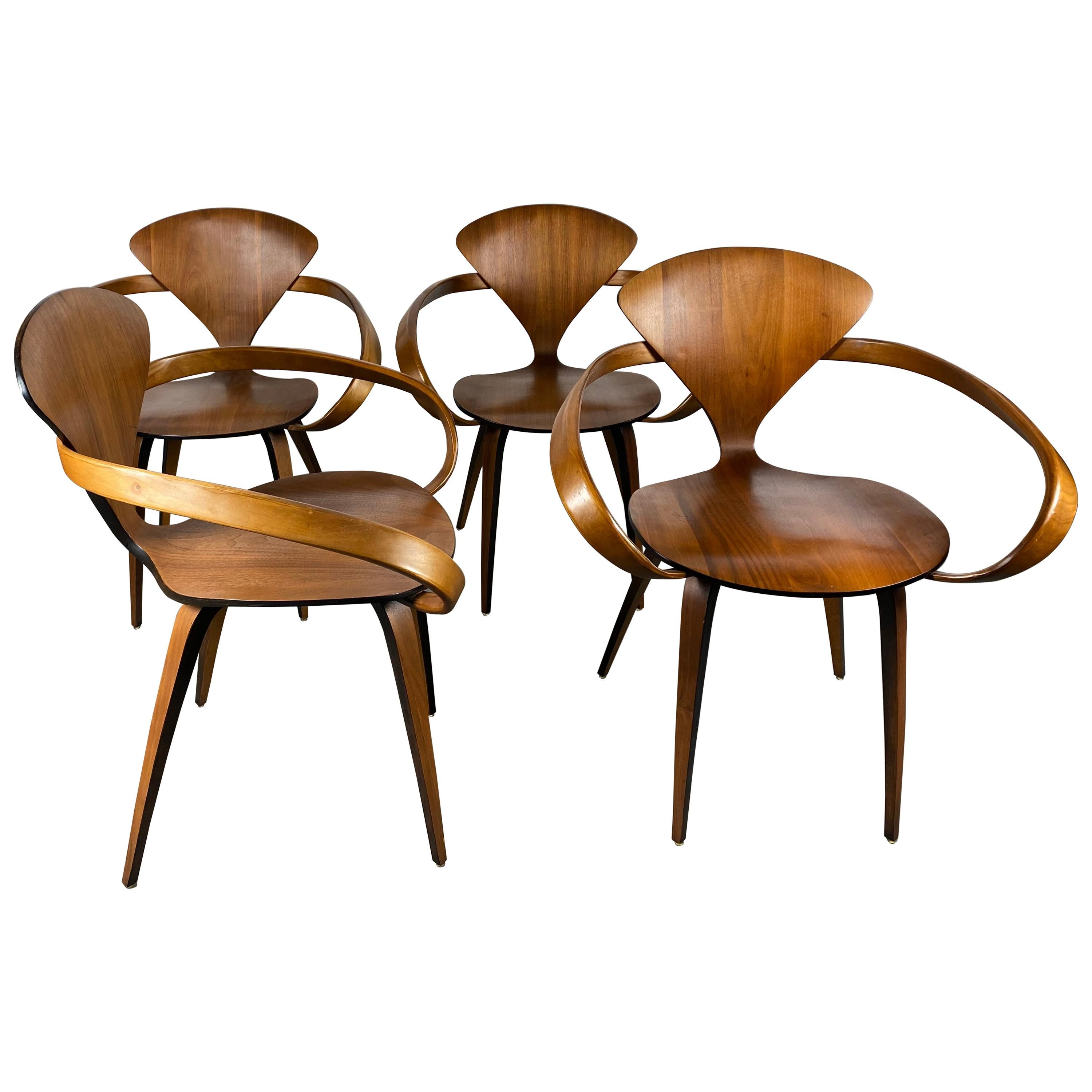 Classic Modernist Plywood Pretzel Armchair by Norman Cherner for Plycraft