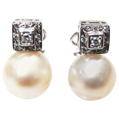 Classic Natural Pearls Earrings in 18 Karat White Gold and Diamond Setting