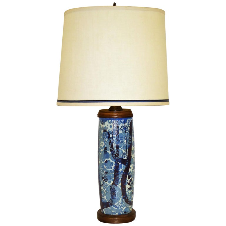 Classic Nils Thorsson Baca Aluminia Royal Copenhagen Table Lamp For Sale