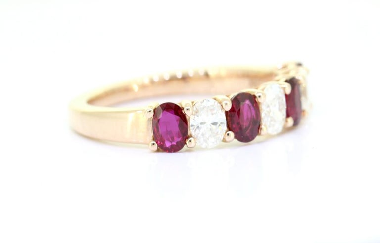 Classic Oval Cut 1.50 Carat Seven Stone Ruby Diamond Ring 18 Karat Yellow Gold In New Condition For Sale In Hollywood, FL