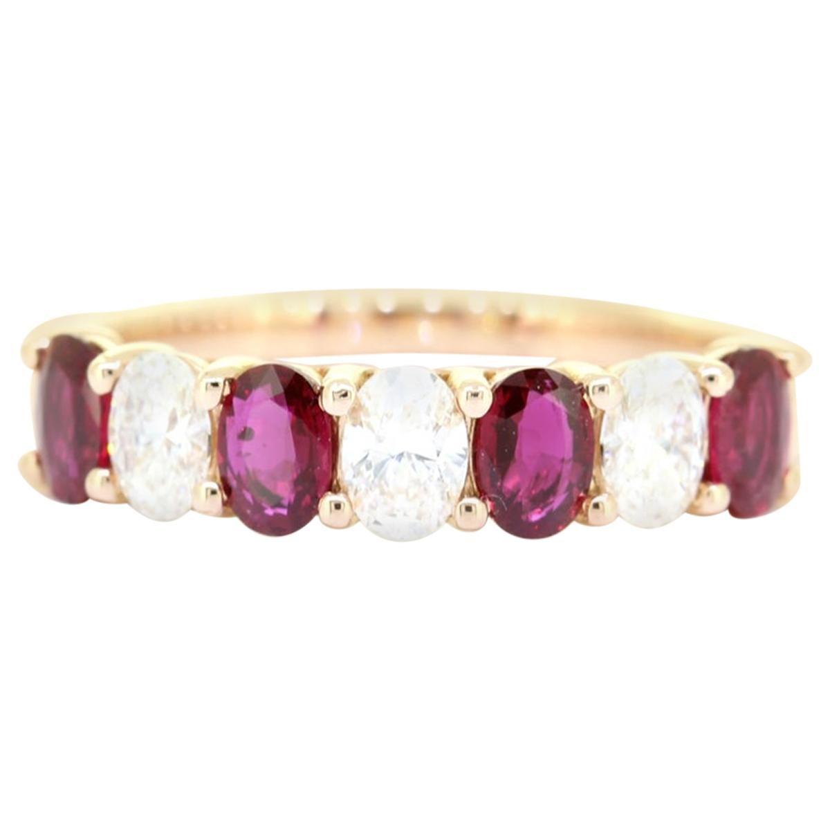 Classic Oval Cut 1.50 Carat Seven Stone Ruby Diamond Ring 18 Karat Yellow Gold