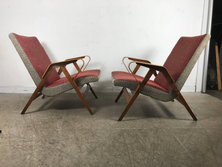Classic Pair of Mid-Century Modern Bentwood Lounge Chairs after Carlo Mollino In Good Condition For Sale In Buffalo, NY