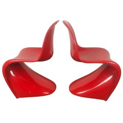 Classic Pair of Red Molded Plastic 'S' Chairs by Verner Panton for Vitra
