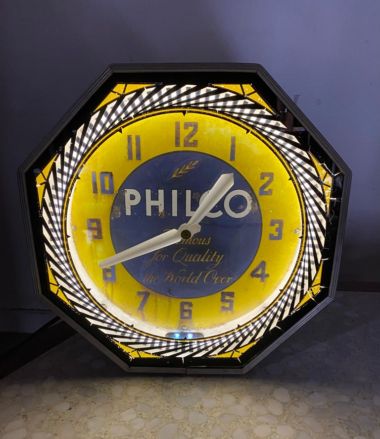 American Classic Philco Neon Spinner Clock, Neon Products / Lima Ohio For Sale