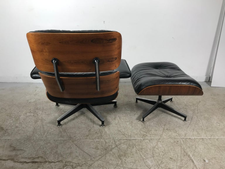 Mid-Century Modern Classic Rosewood and Leather Eames Lounge Chair and Ottoman Herman Miller