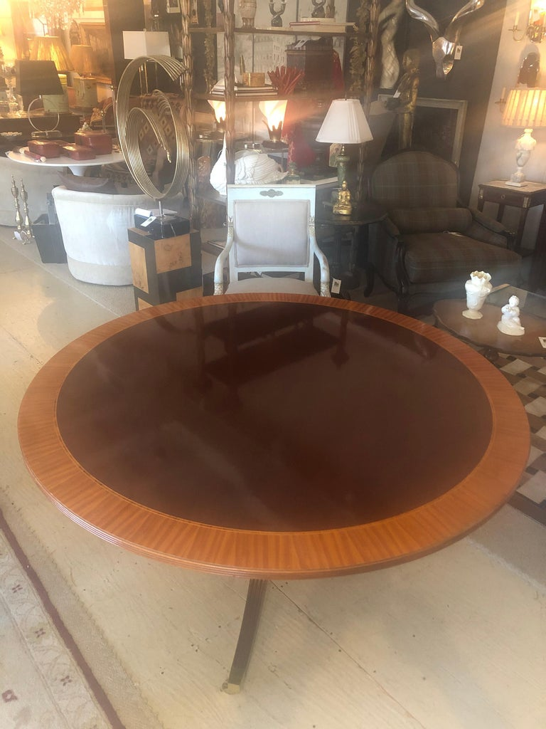 Regency Classic Round Mahogany and Banded Satinwood Dining Table Center Table For Sale