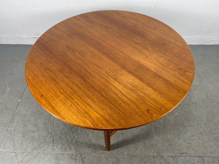Danish Classic Scandinavian Modern Teak Coffee / Cocktail Table by Folke Ohlsson For Sale