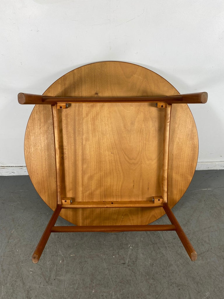 Mid-20th Century Classic Scandinavian Modern Teak Coffee / Cocktail Table by Folke Ohlsson For Sale