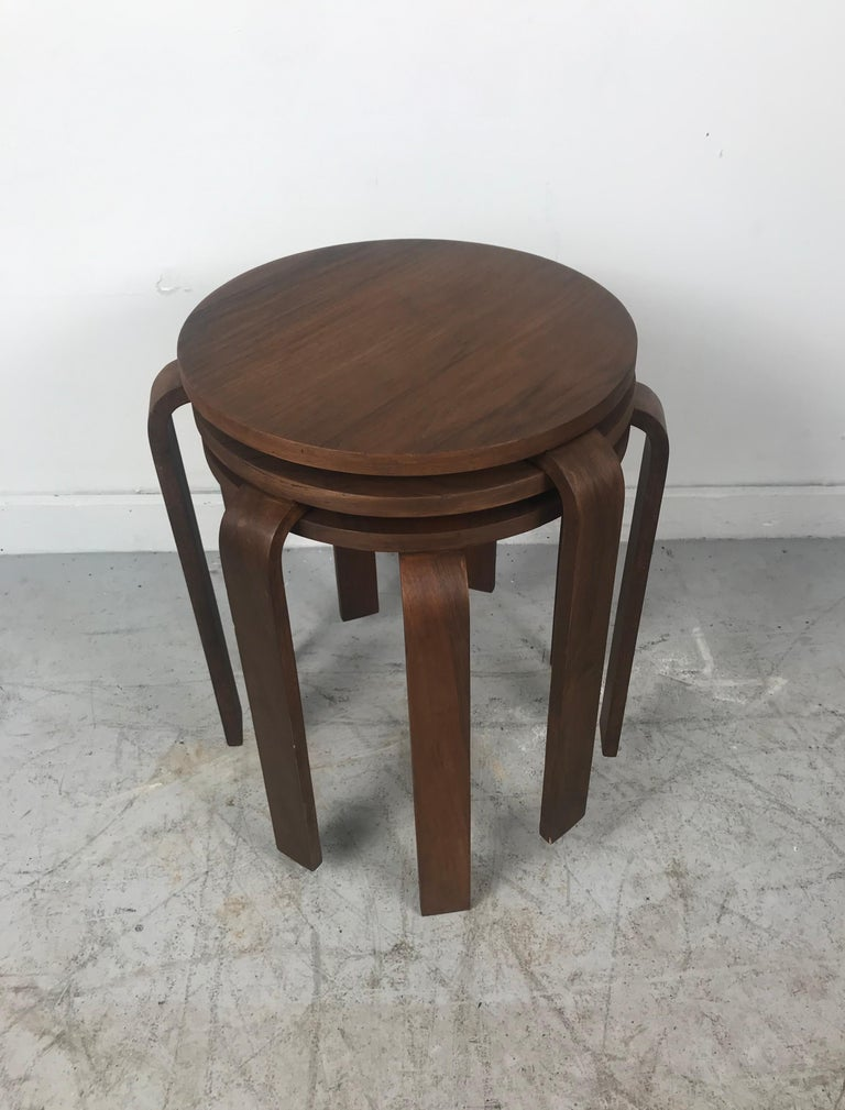 American Classic Set of 3 Walnut Stacking Stools Manufactured by Thonet after Alvar Aalto For Sale