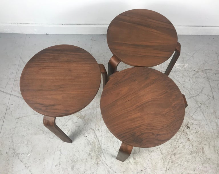 Classic Set of 3 Walnut Stacking Stools Manufactured by Thonet after Alvar Aalto In Good Condition For Sale In Buffalo, NY