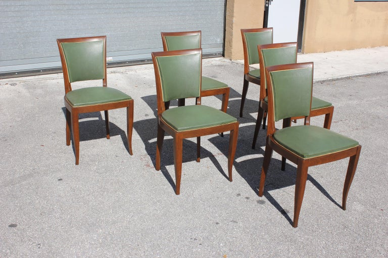 Classic Set of 6 French Art Deco Solid Mahogany Dining Chairs, circa 1940s In Good Condition In Hialeah, FL