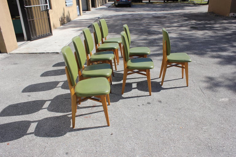 Classic Set of 8 French Art Deco Solid Mahogany Dining Chairs, circa 1940s For Sale 3