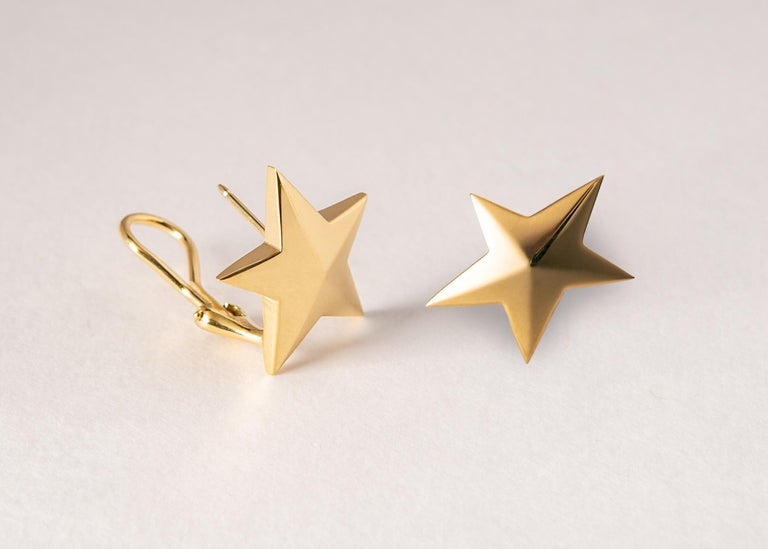 Contemporary Classic Tiffany & Co. Gold Star Earrings For Sale