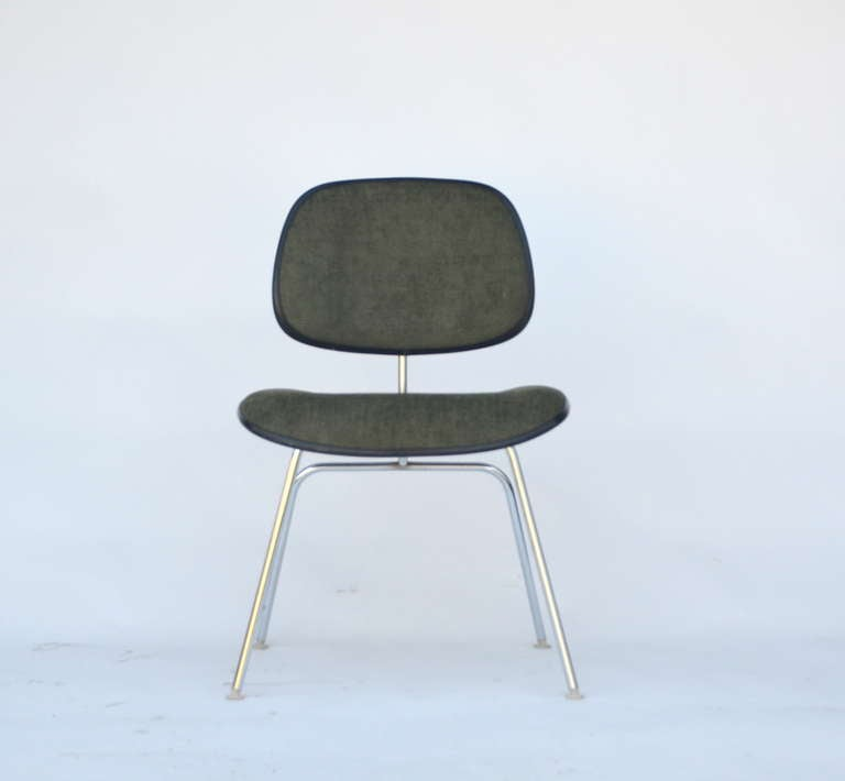Classic vintage Charles and Ray Eames for Herman Miller DCM chair.
