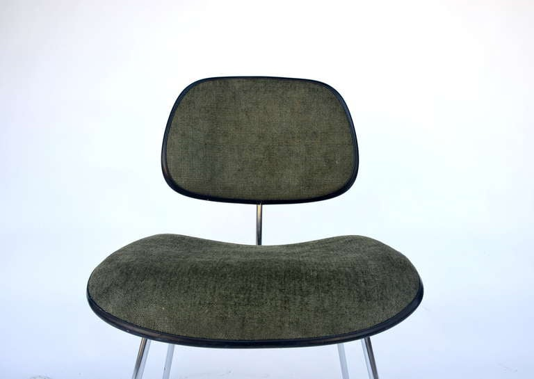 Classic Vintage Charles and Ray Eames for Herman Miller DCM Chair For Sale 2