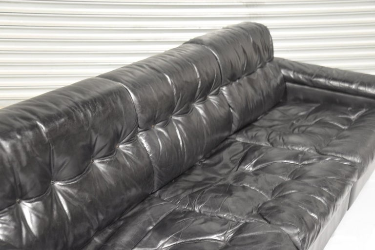 Classic Vintage De Sede 3 Seat Leather Sofa, Switzerland 1970s For Sale 8