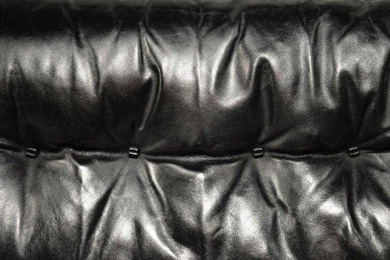 Classic Vintage De Sede 3 Seat Leather Sofa, Switzerland 1970s For Sale 9
